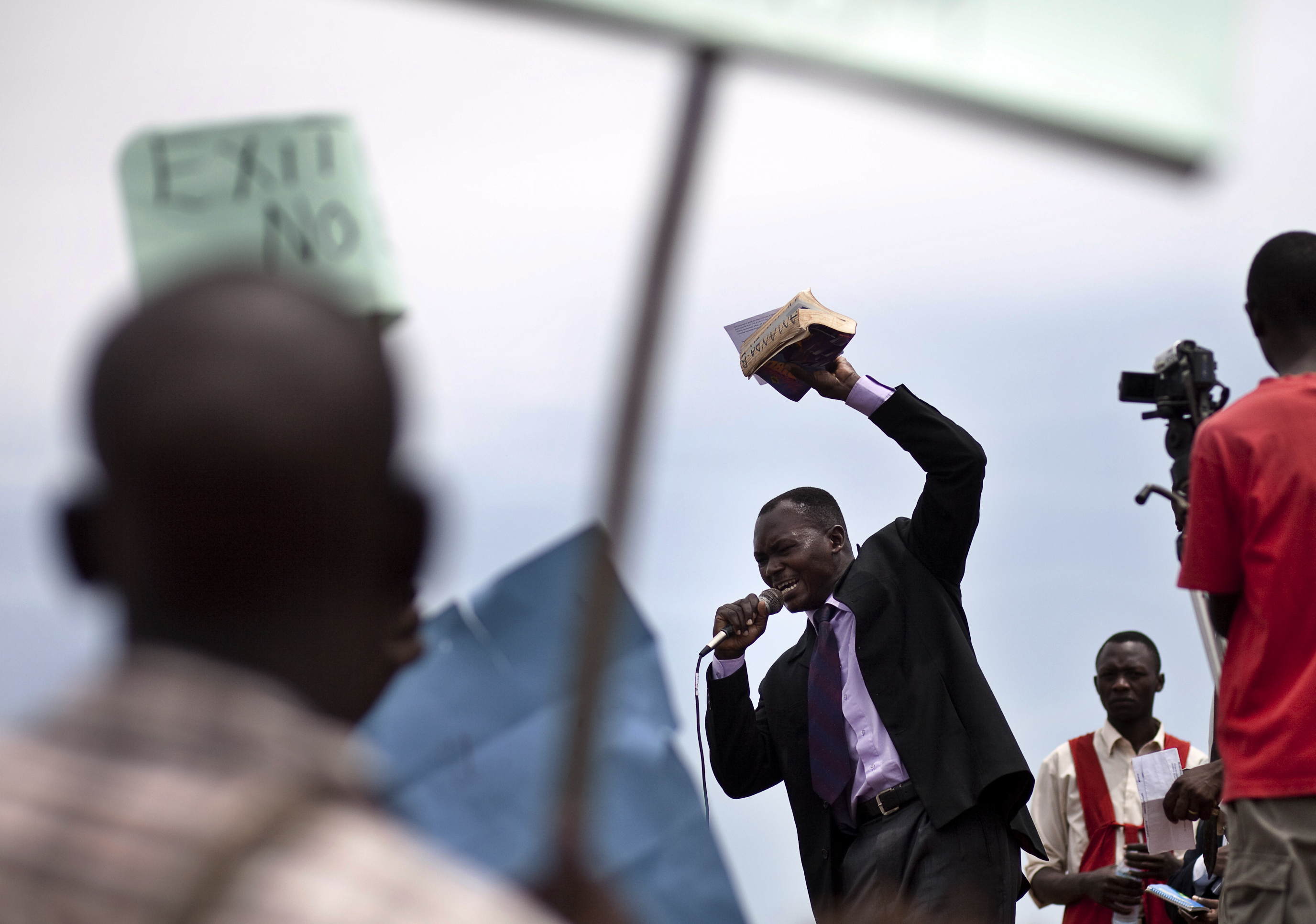 ugandan laws on homosexuality Uganda's constitutional court has annulled tough anti-gay legislation signed into law in february it ruled that the bill was passed by mps in december without the requisite quorum and was.