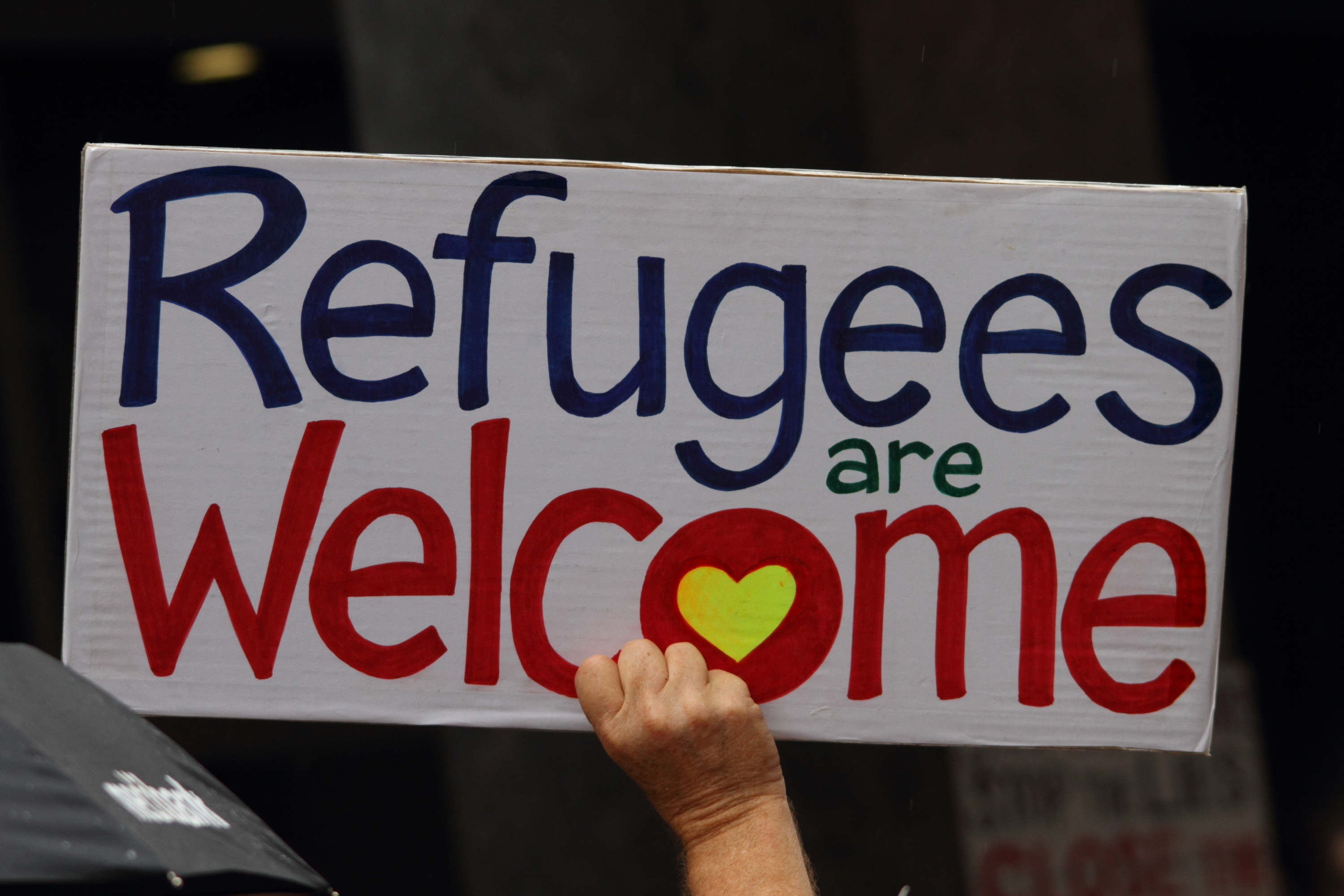 a welcome to imigrants in australia essay Benefits of immigration november 18, 2009  let us welcome change and welcome the benefits that immigration provides the this essay really helped me for my.