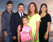 090318-william-reyes-family