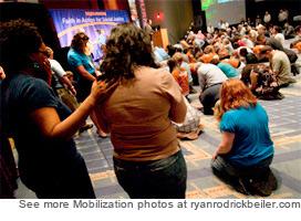 090505-mobilization-altar-call2