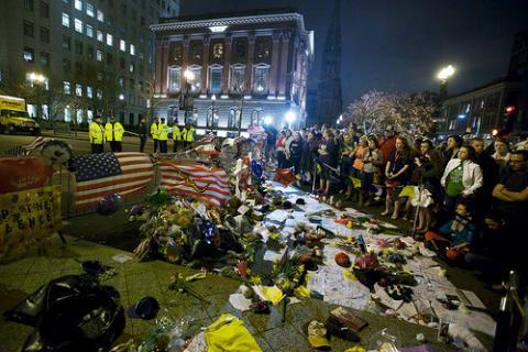 Boston bombing aftermath, Vjeran Pavic / Flickr.com