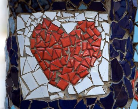 """Broken Heart"" via http://www.wylio.com/credits/Flickr/132922595"