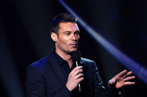 Ryan Seacrest during an American Idol taping, s_bukley / Shutterstock.com