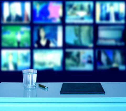 Broadcast studio, udra11 / Shutterstock.com