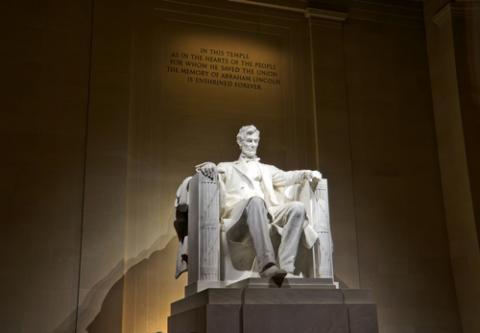 Lincoln memorial, © Mesut Dogan / Shutterstock.com