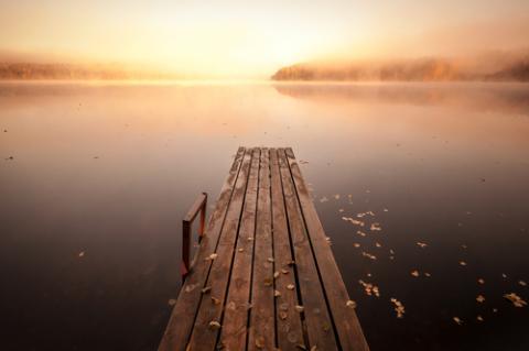 Serene pier, Eugene Sergeev / Shutterstock.com