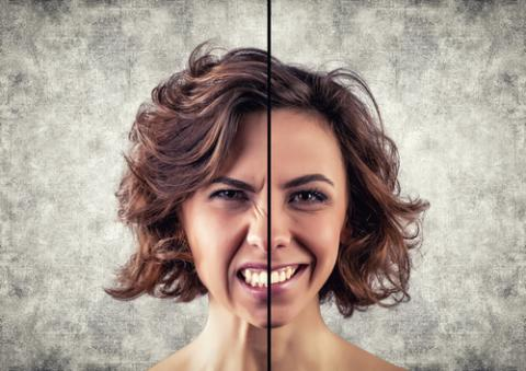 Woman with cynical and happy emotion, Fotovika / Shutterstock.com