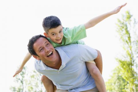 Father and son, Monkey Business Images / Shutterstock.com