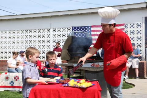 4th of July barbecue, Morgan Lane Photography / Shutterstock.com