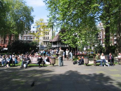 Soho Square, London, pablo / Shutterstock.com