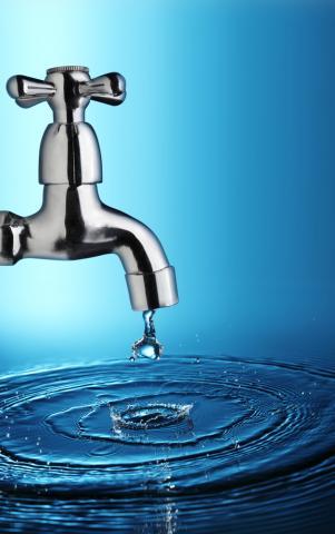 A drop of water. Image via Chepko Danil Vitalevich/shutterstock.com