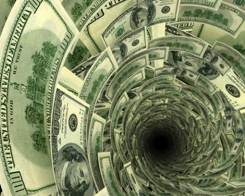Debt hole, Andrej Vodolazhskyi / Shutterstock.com