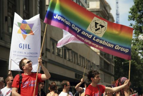 Jewish gays and lesbians gather to support gay rights in London's Gay Pride para