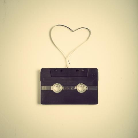 Image: Mixtape, Andreka /Shutterstock.com