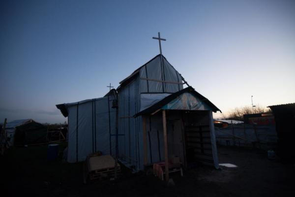 France Bulldozes Church and Mosque in Refugee Camp | Sojourners