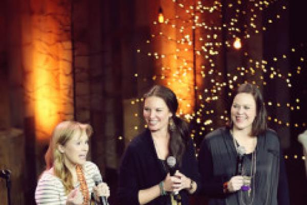 Evangelical Women Look Beyond Bible Study to New Causes | Sojourners