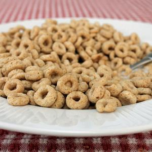 Cereal image via Wylio http://www.wylio.com/credits/Flickr/5399595876