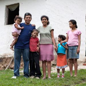 Growers First coffee farmer, Rito Sierra with his wife, Maria, and four of their