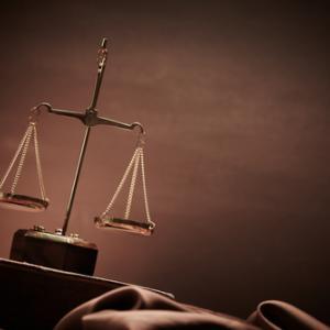 Scales of justice, senk / Shutterstock.com