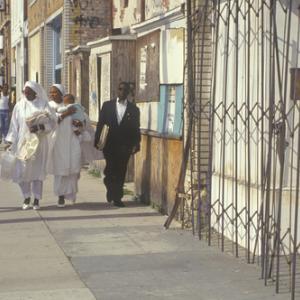 Muslim families walking in Los Angeles.