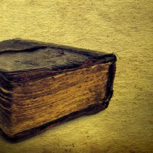 Bible, Sabphoto/ Shutterstock.com