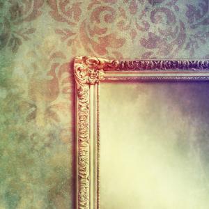 Mirror, MorganStudio / Shutterstock.com