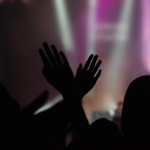 Worship concert, rehoboth foto / Shutterstock.com