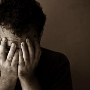Man, frustrated, Oleg Golovnev / Shutterstock.com