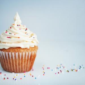 Cupcake image by Pinkcandy / Shutterstock.