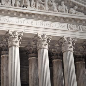 Supreme Court Building,  Brandon Bourdages / Shutterstock.com