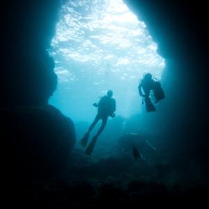Deep sea divers. Image courtesy littlesam/shutterstock.com