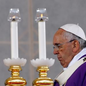 Pope Francis celebrates a Mass in Naples on March 21, 2015. Image via RNS/Reuter