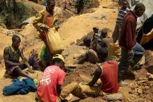 Tin miners at Nyabibwe, North Kivu. (Sasha Lezhnev/Enough Project)