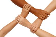 Interlocking hands, Praisaeng / Shutterstock.com