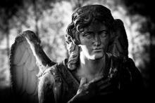 Guardian angel, umbertoleporini / Shutterstock.com