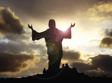 Depiction of Jesus with arms raised, WELBURNSTUART / Shutterstock.com
