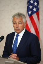 U.S. Secretary of Defense Chuck Hagel will step down, officials reported Monday.