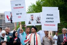 Iraqis protest ISIS in Washington, D.C., Rena Schild / Shutterstock.com