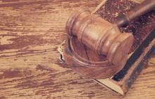 Judgment illustration, Evlakhov Valeriy / Shutterstock.com
