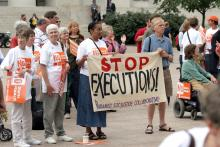 Anti-death penalty rally, Robert J. Daveant / Shutterstock.com