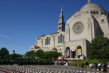 Catholic University of America, L. Kragt Bakker / Shutterstock.com