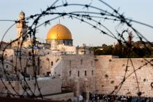 Dome of the Rock and Western Wall, Ryan Rodrick Beiler / Shutterstock.com