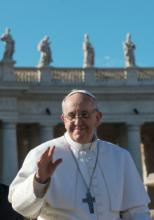 Pope Francis waves to crowd in St. Peter's Square. RNS photo: Andrea Sabbadini