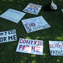 Death penalty protest in Seattle. Photo by javacolleen / Flickr.com