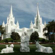 LDS temple in San Diego, Calif. Image via http://bit.ly/zivRxd