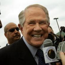 Pat Robertson at Jerry Falwell's funeral, 2007. Photo by Mario Tama/Getty Images