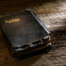 Photo: Bible, olivier / Shutterstock.com