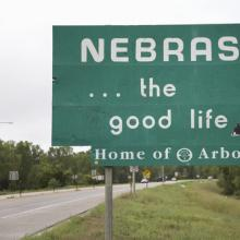 Nebraska welcome sign, spirit of america / Shutterstock.com