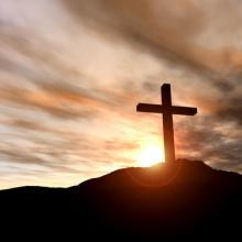 Cross on a hill, Spectral-Design / Shutterstock.com