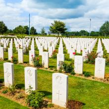 American War Cemetery at Omaha Beach, Normandy.  ilolab / Shutterstock.com
